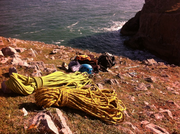 Relaxing in the sun with the gear after Myola and Myopia, Stuntsmans Buttress